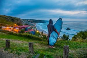 cuna de surfers